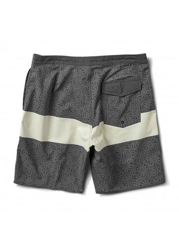 Roark Chiller Sharrons Boardshort - Black_11245